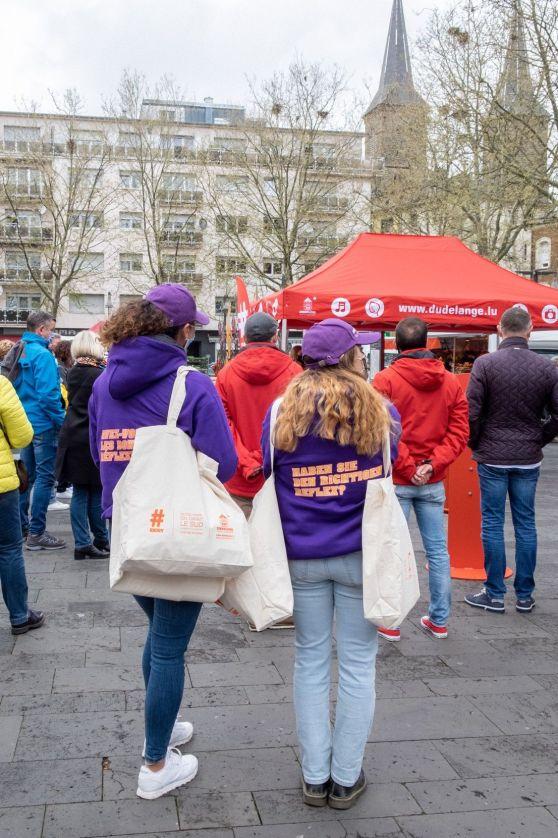 hôtesses distribution street marketing opérationnel place de l'hôtel de ville dudelange campagne anti littering