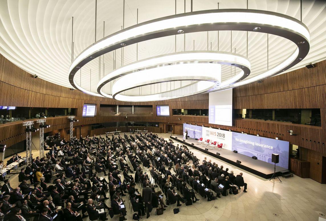Vue d'ensemble de la mise en place d'une conférence à l'occasion de l'IAIS Annual Conference 2018 à l'European Convention Center Luxembourg